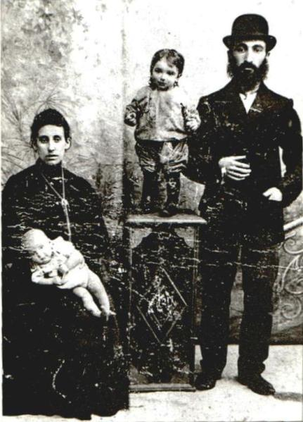 David Meyer Zelikman with his Family